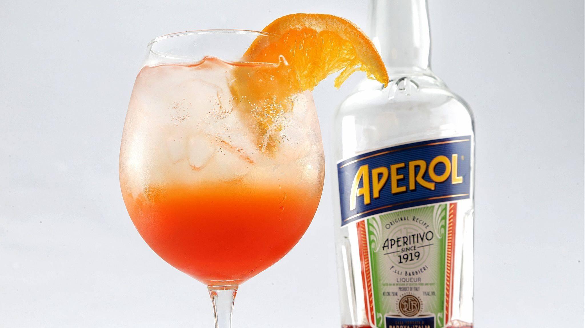 """Коктейль """"апероль шприц"""": все факты о великолепном спиртном напитке"""