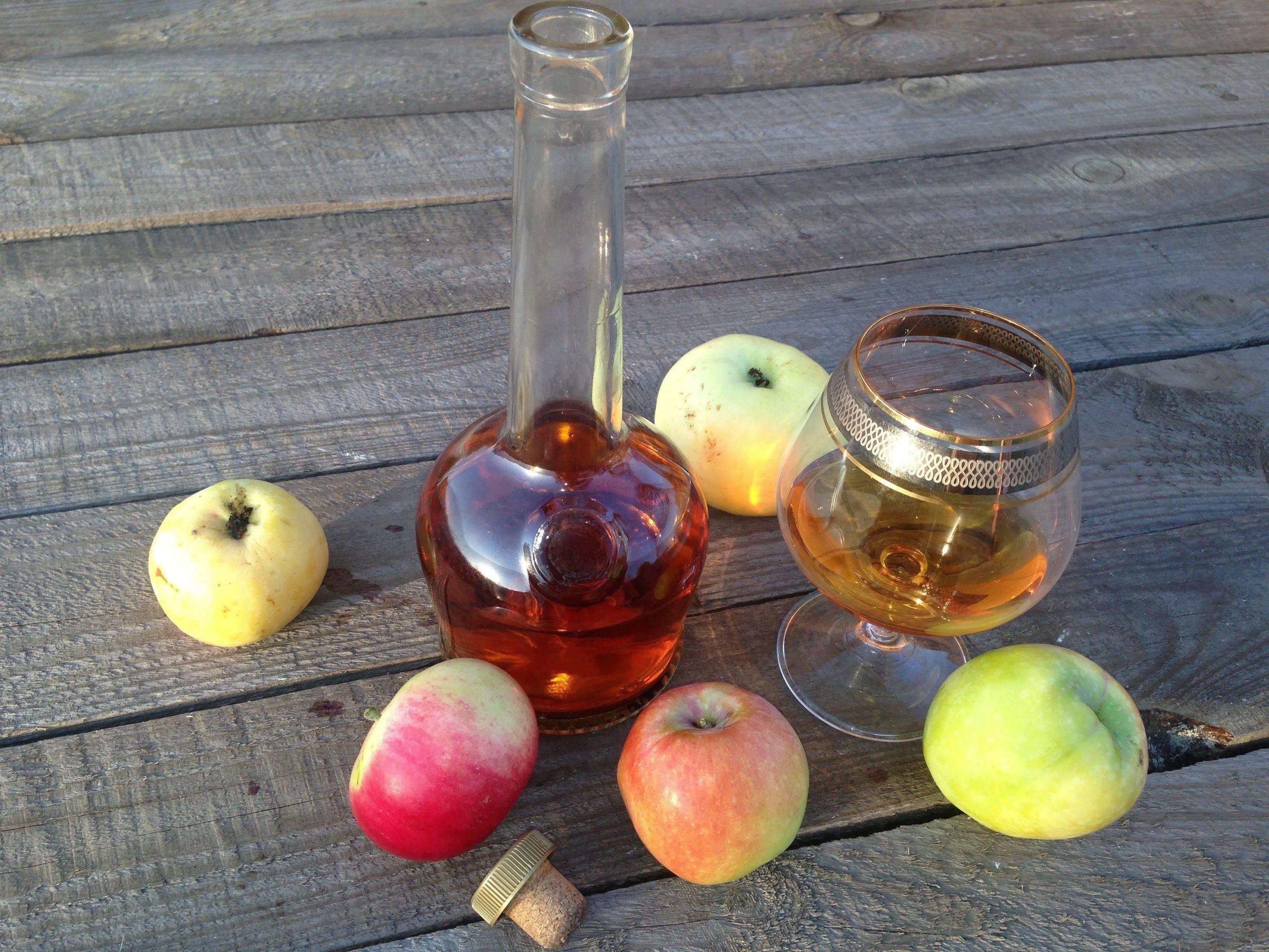 Настойка на яблоках на самогоне – рецепт, как настоять