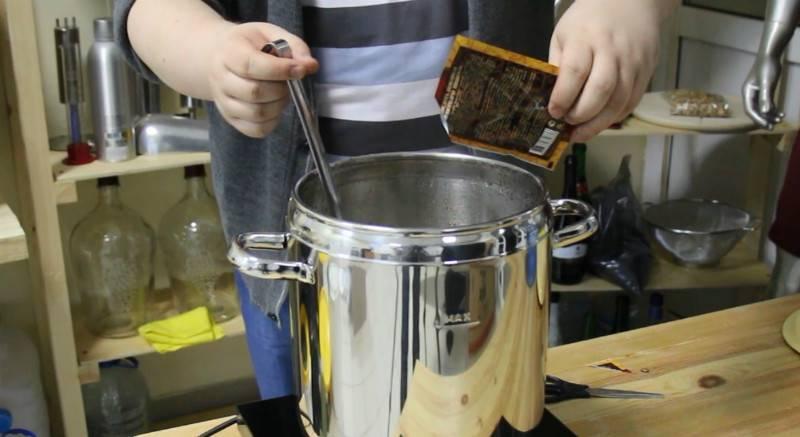 Способы приготовления инвертированного сахарного сиропа для браги