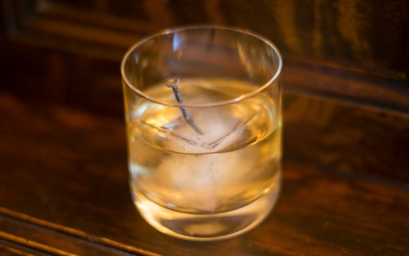 Коктейль ржавый гвоздь: особенности коктейля, исторический очерк, виды и разновидности. классический рецепт
