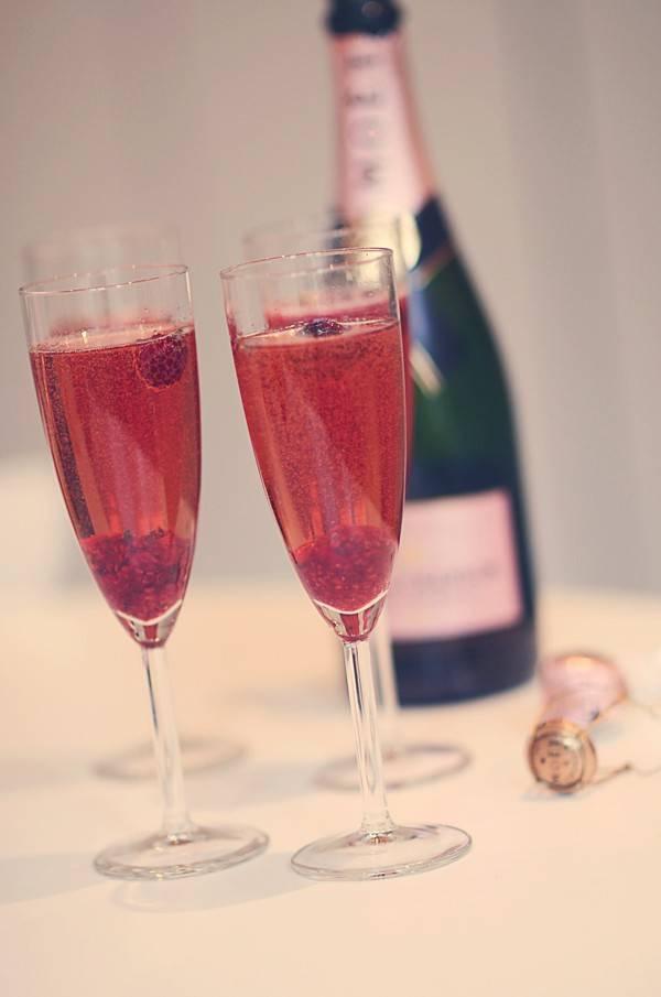 А вам нравится розовое шампанское?