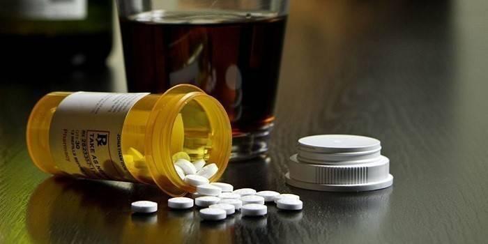 Какие лекарства применять от запоя?
