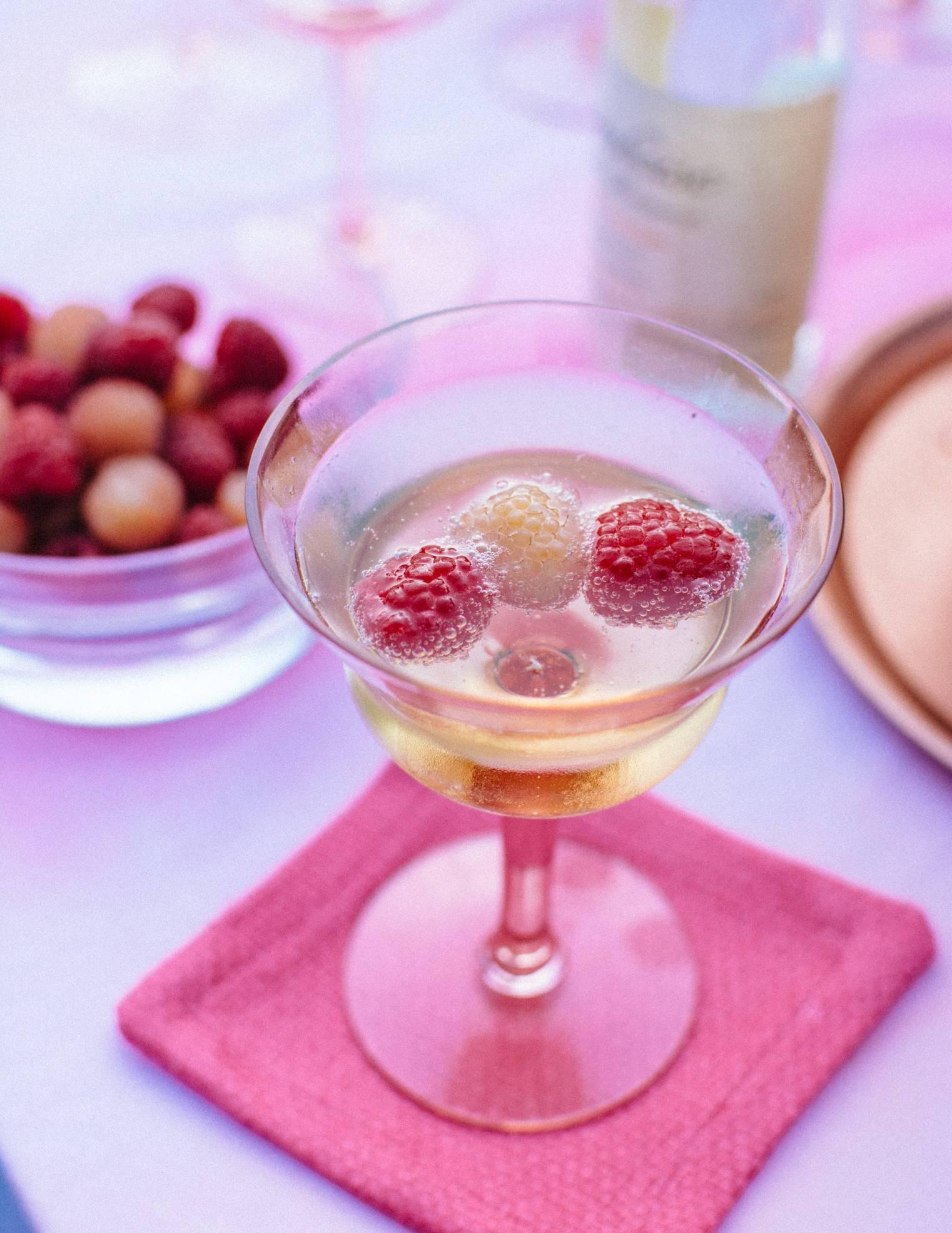 Пошаговый рецепт домашнего вина из малины без дрожжей