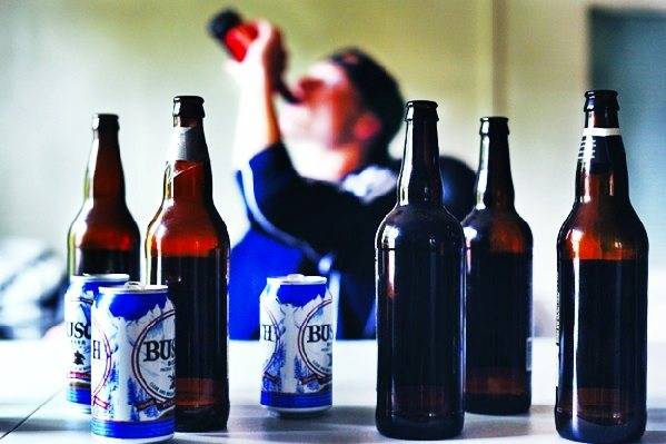 Мужчины и алкоголизм: симптомы, стадии и последствия