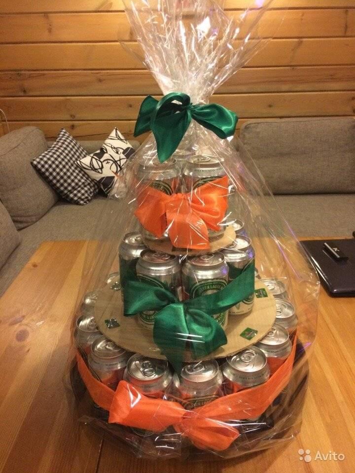 Торт из пива: из бутылок и банок, с колбасой, рыбой и другими продуктами, на 23 февраля, день рождения, новый год