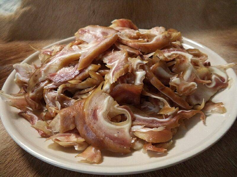 Копчёные ушки с соусом барбекю – кулинарный рецепт