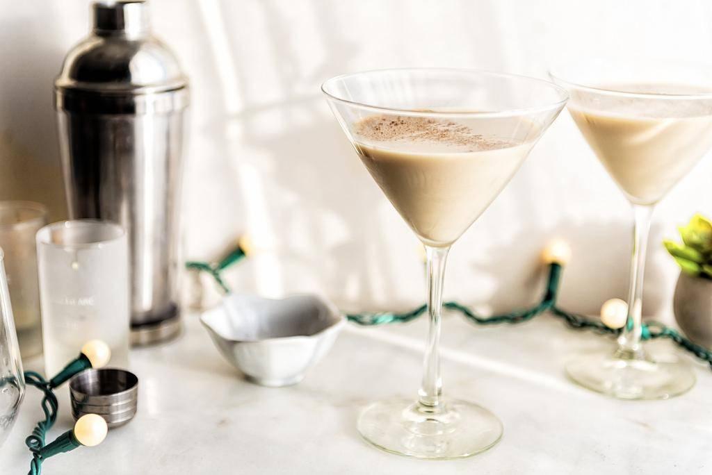 Как приготовить кофе с бейлисом - как называется, рецепты, как пить и подавать, калорийность
