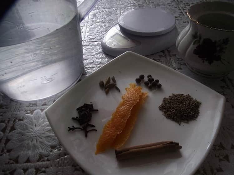 Настойка бехеровка – состав трав оригинальный
