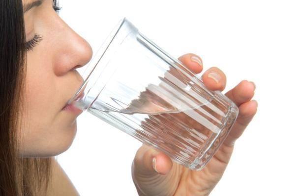 Водка с солью как народное средство лечения