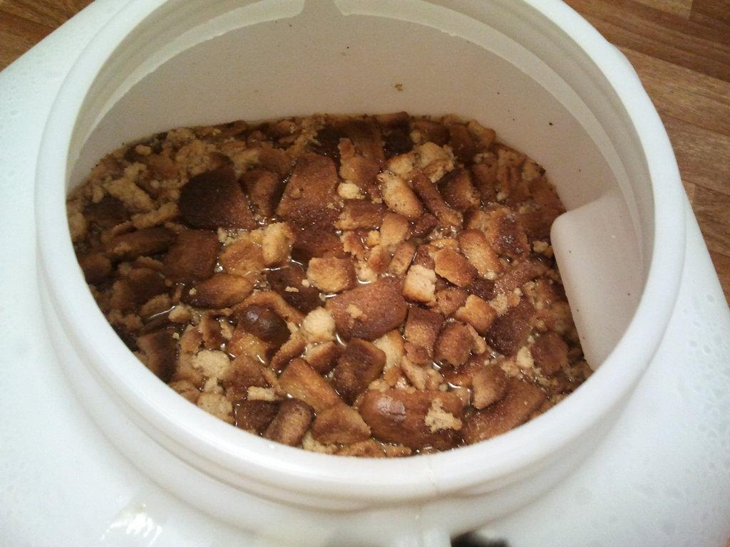 Подкормка браги для самогона: 9 способов в домашних условиях