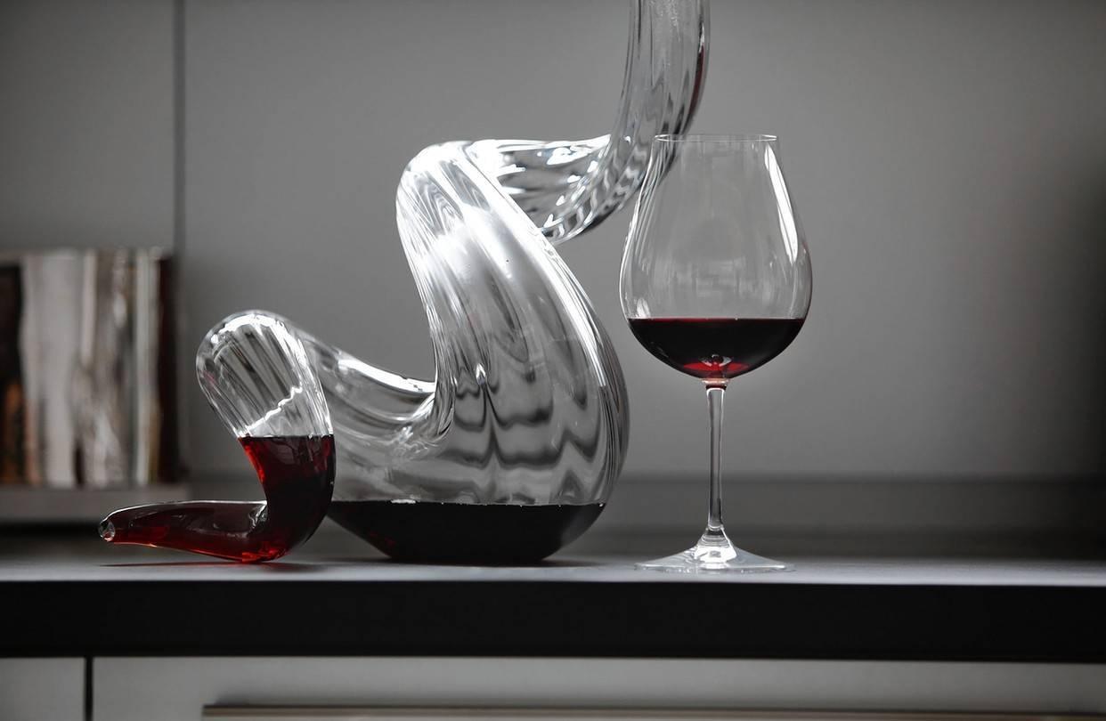 Декантер для вина: что это такое, зачем и как нужно декантировать алкоголь