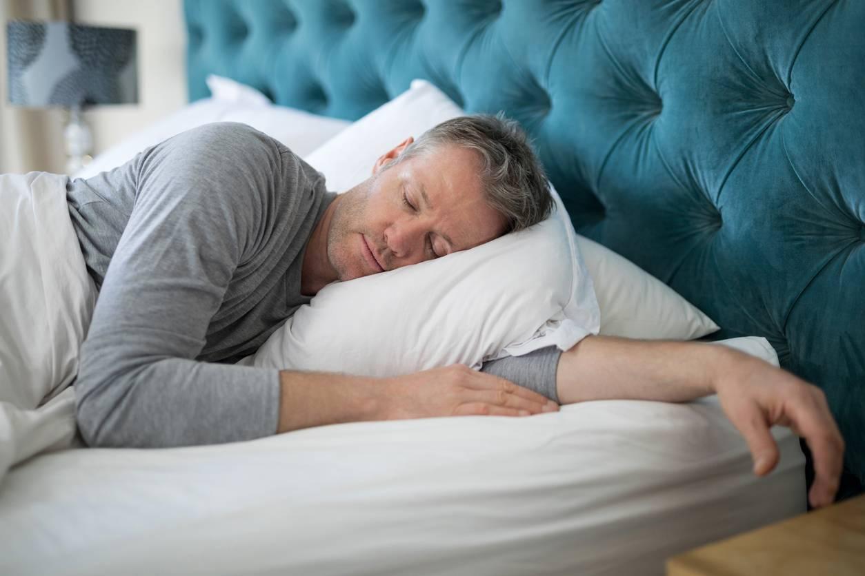 Как заставить спать пьяного человека