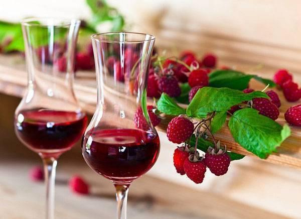 Домашнее малиновое вино по всем канонам - 3 рецепта