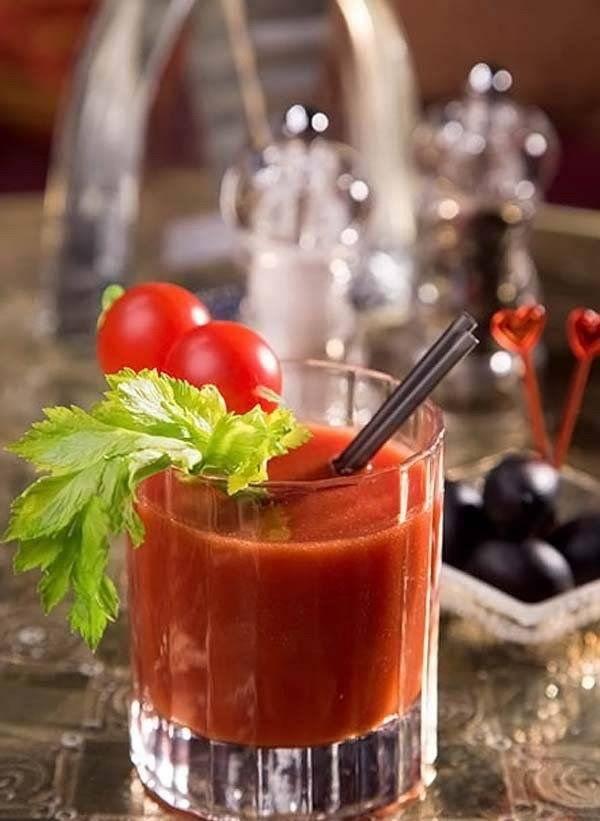 Коктейль кровавая мэри: простые рецепты приготовления в домашних условиях, как сделать из водки и томатного сока | mosspravki.ru