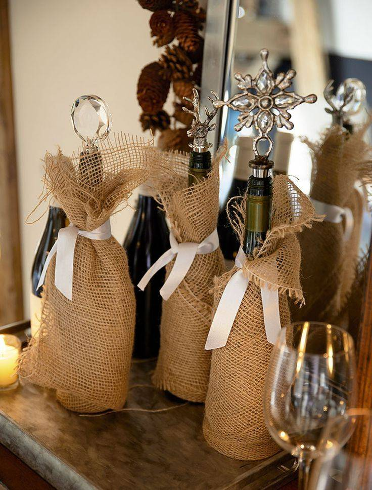 Как украсить бутылку шампанского на свадьбу – декор своими руками | текстильные новости | яндекс дзен