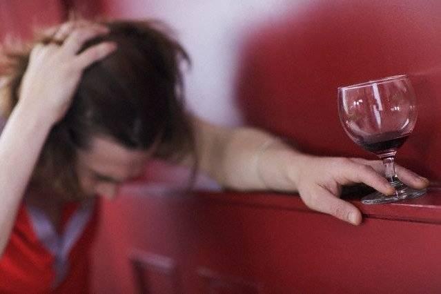 Как дома лечить галлюцинации после алкоголя и сколько они длятся