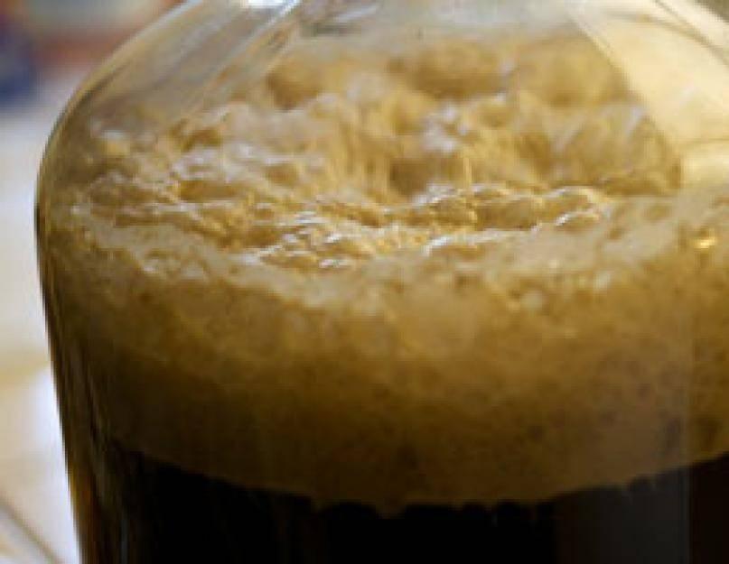 Пиво перестало бродить на второй день. сколько обычно бродит домашнее пиво