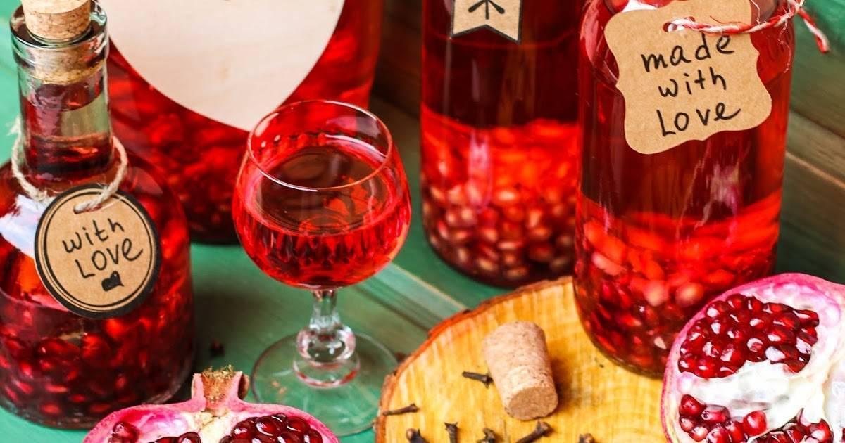 Настойка на гранате на самогоне: как настоять также на водке и спирту, как сделать водный раствор для лечения