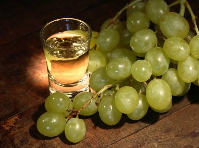 Настойка из винограда на водке