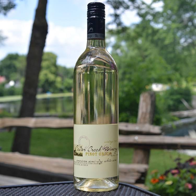 Пино гриджио (pinot grigio): белое сухое вино с освежающим букетом - международная платформа для барменов inshaker