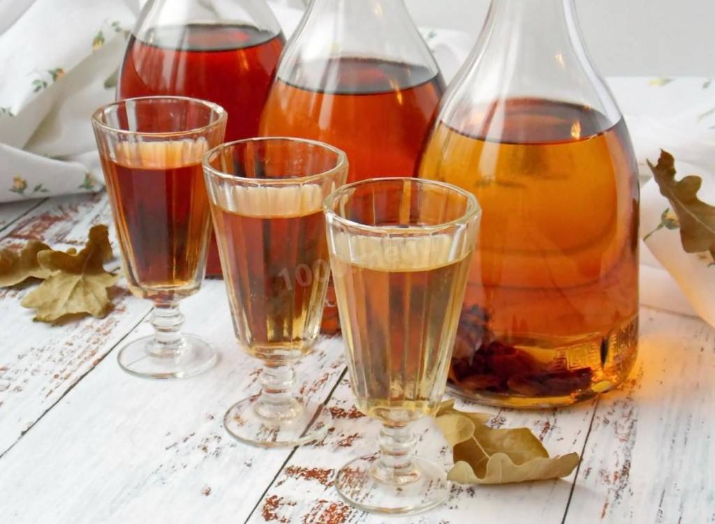 Лечебная настойка коры дуба на спирту. кора дуба лечебные свойства