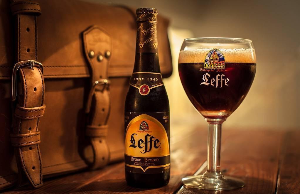 Леффе брюн - история ароматного пива в деталях + видео | наливали