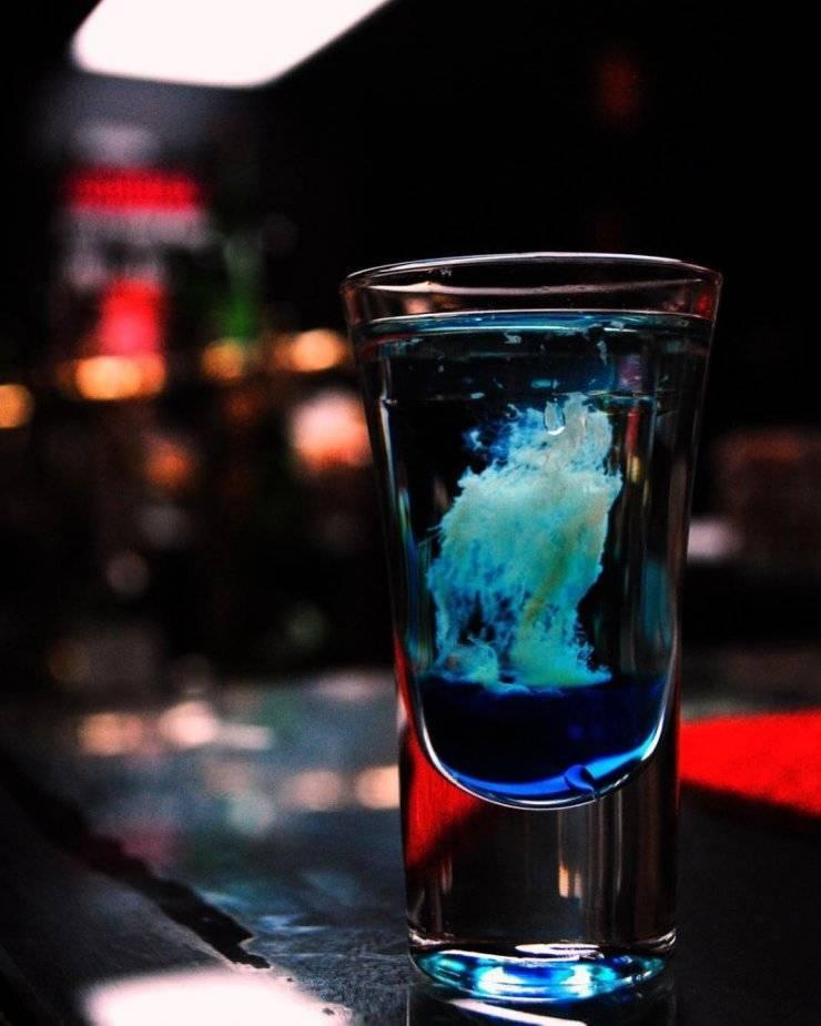 Как приготовить коктейль медуза — история алкоголя
