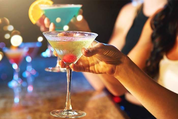 С чем пьют вермут, как правильно это делать и чем закусывать