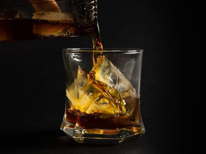 Виски с содовой — как приготовить коктейль