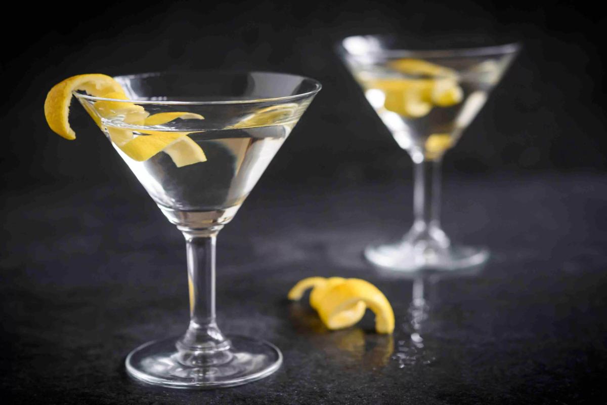 Рецепт алкогольного коктейля мартини с водкой