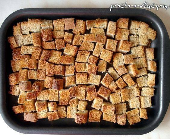 Как сделать сухарики в духовке - рецепт с пошаговыми фото | меню недели