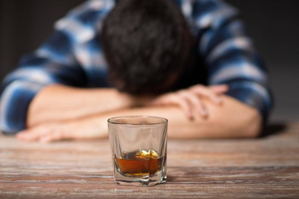 Как алкоголь влияет на организм человека: мозг, сердце, печень, почки