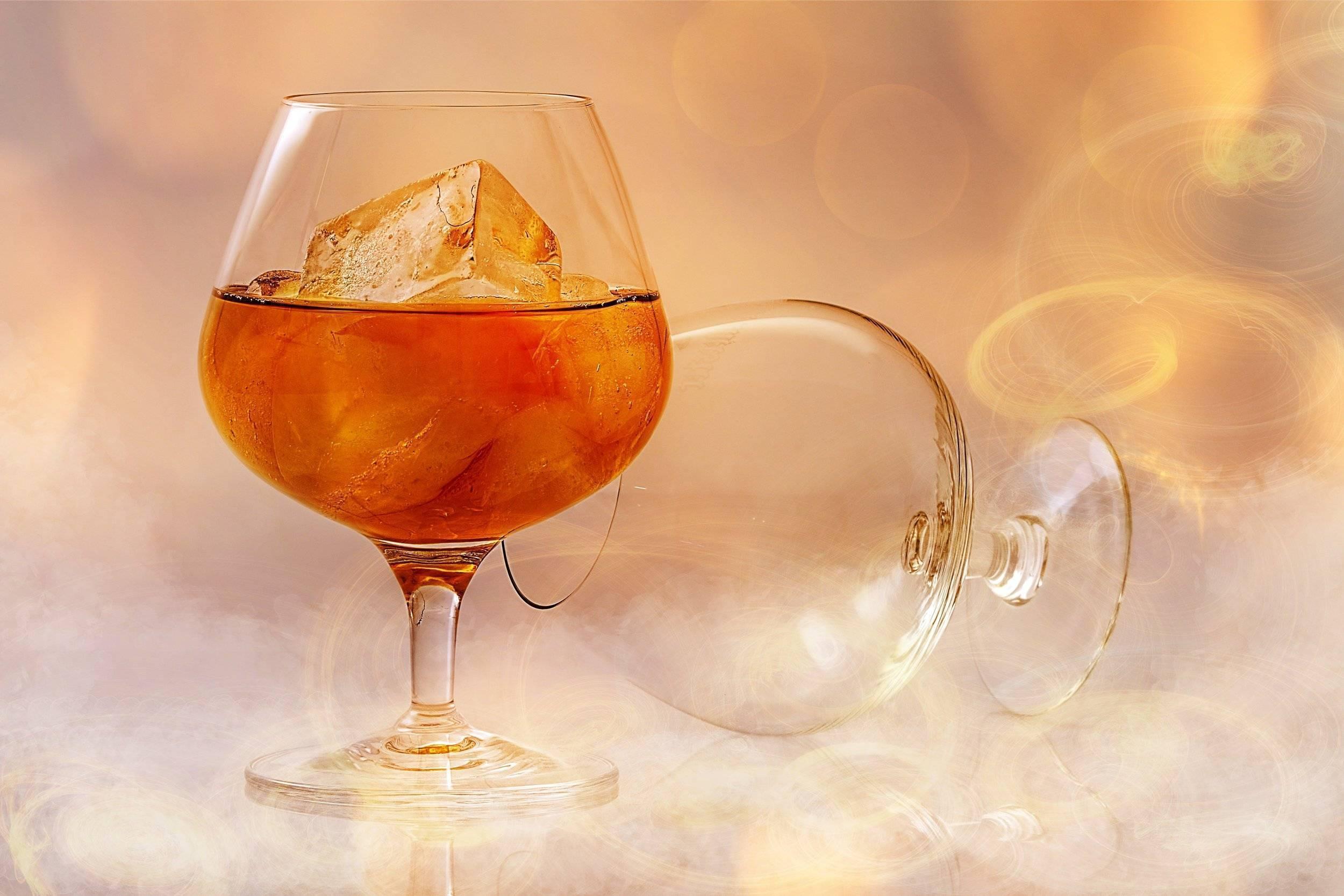 Правила употребления и подачи бренди, рецепты коктейлей