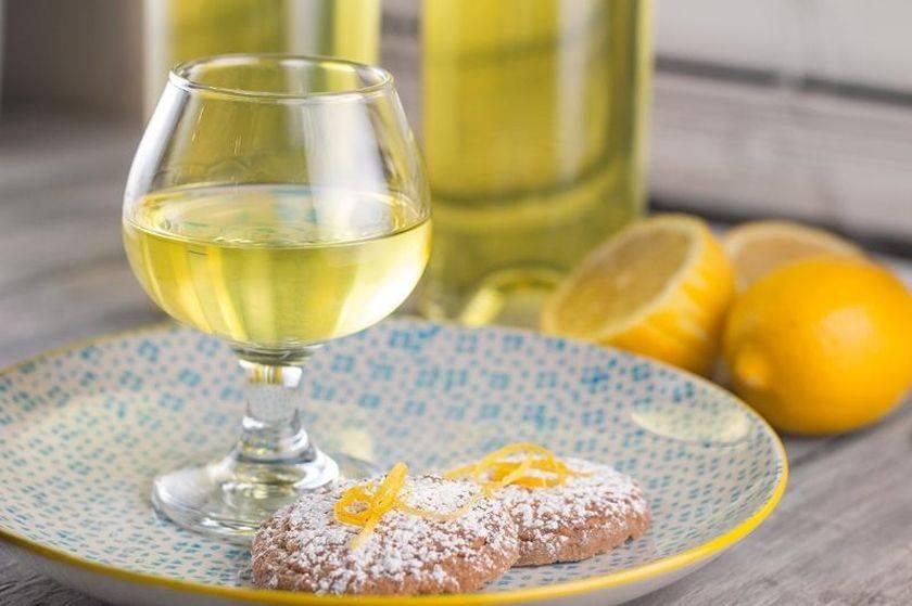 Лимонная водка из спирта в домашних условиях рецепт ?
