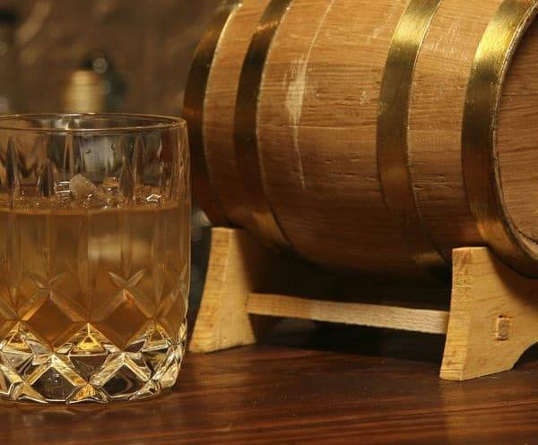 Особенности приготовления водки из спирта в домашних условиях
