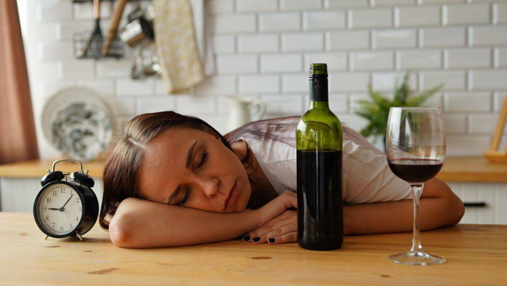 Чем заменить алкоголь, чтобы расслабиться по вечерам и когда бросаешь пить