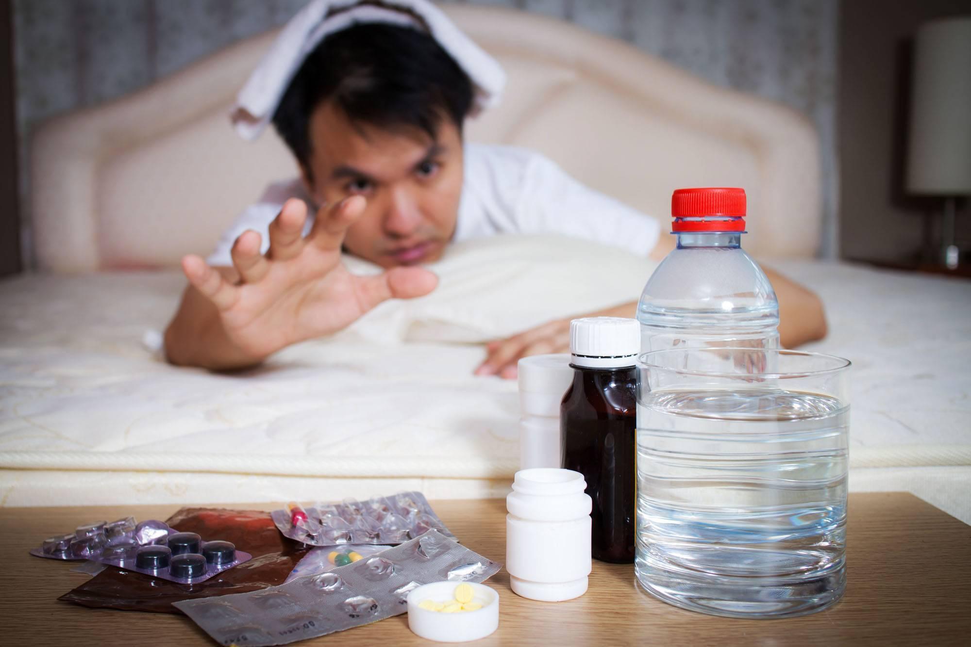 Как быстро убрать отек лица после алкоголя