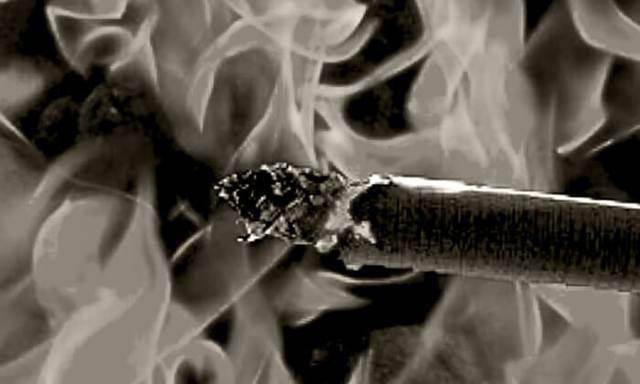 Можно ли курить в машине в 2020 году