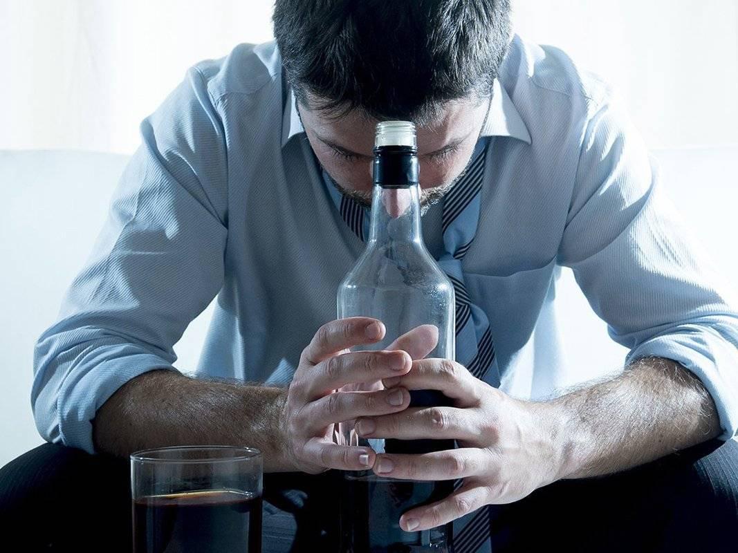 Лечение больных алкоголизмом: что эффективнее в борьбе за жизнь?