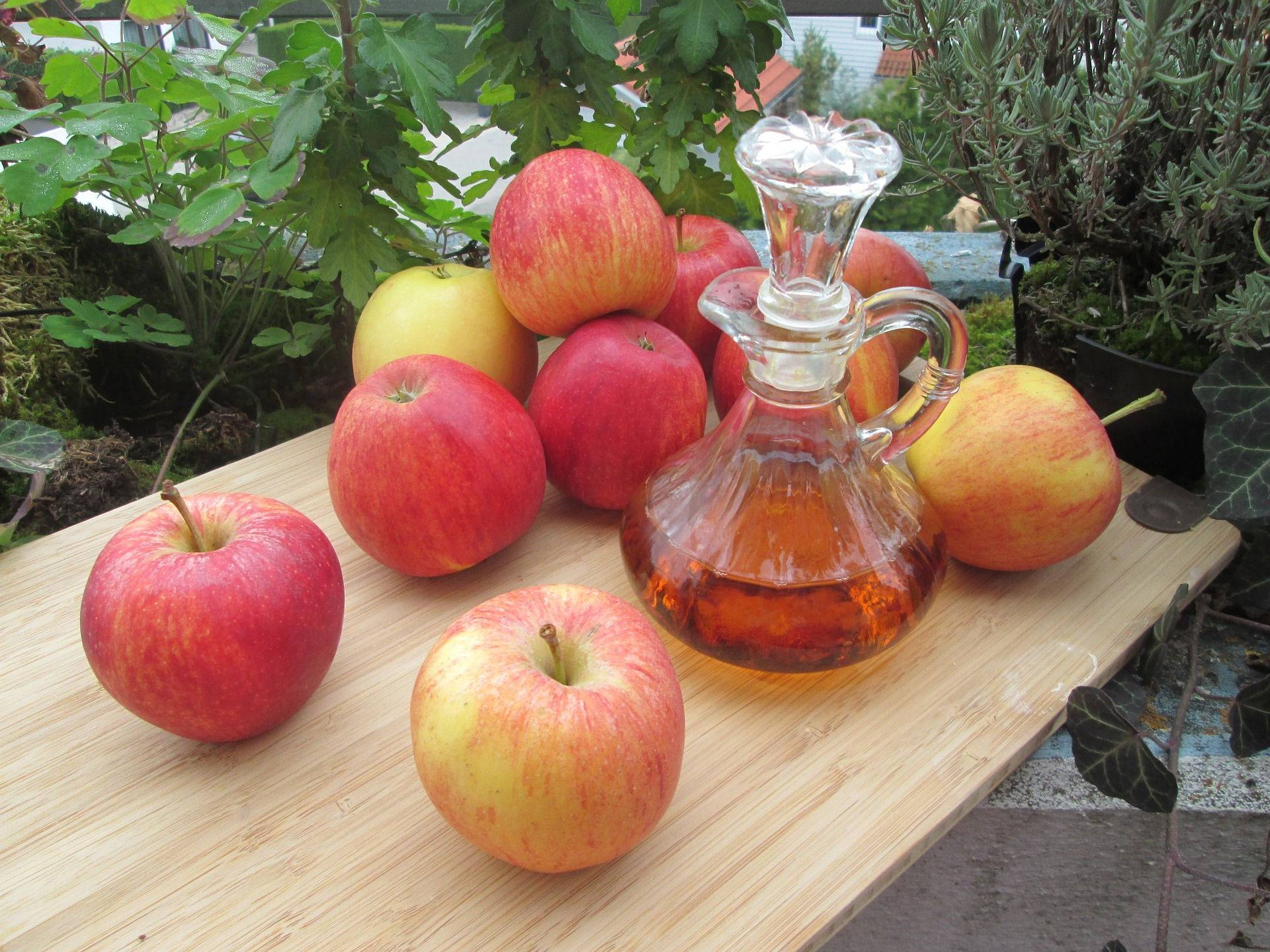 Секреты народной медицины: яблочный уксус | wmj.ru