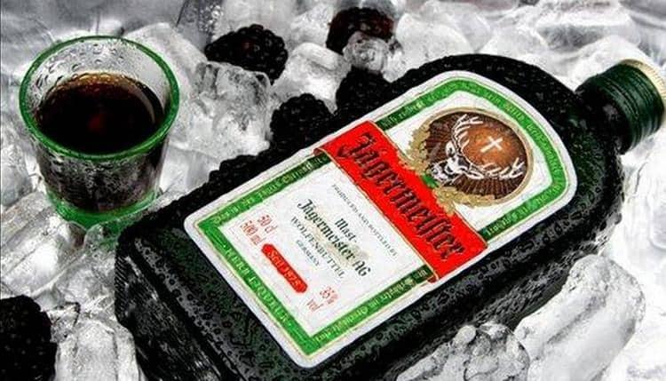 Егермейстер: с чем пить ликер, как правильно закусывать и вкусно ли мешать его с пивом, а также видео приготовления в домашних условиях | suhoy.guru