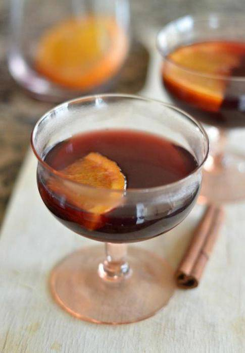 Глинтвейн от простуды: рецепт приготовления горячего вина от гриппа, кашля, при болях в горле и ушах, леченые свойства