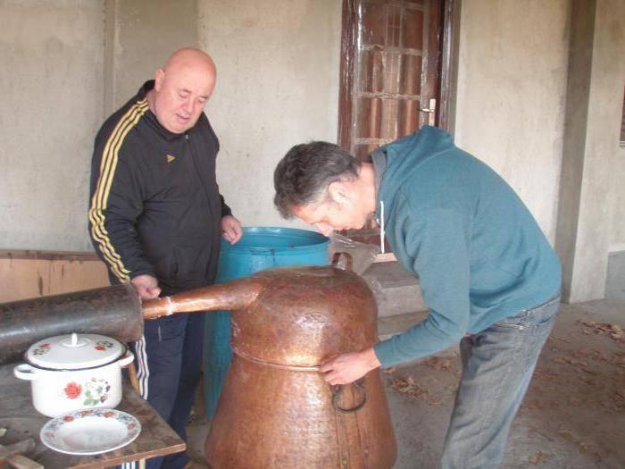 Как приготовить грузинскую чачу в домашних условиях
