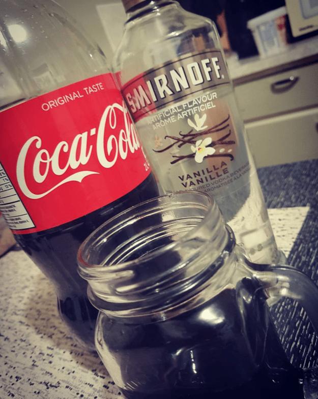 Как приготовить коктейль водка с колой?