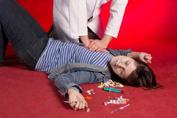 Димедролом: передозировка, последствия, летальный исход, лечение и первая помощь