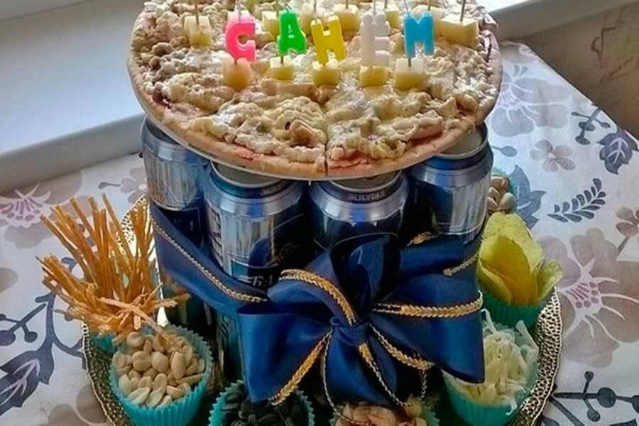 Торт из пива 12 банок. торт из пива в банках своими руками: как сделать самим. фото как делать торт из банок пива - твой косметолог