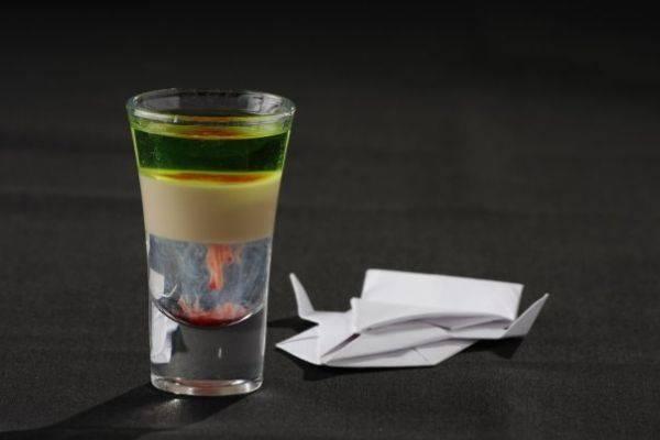 Как сделать слоистые коктейли в домашних условиях