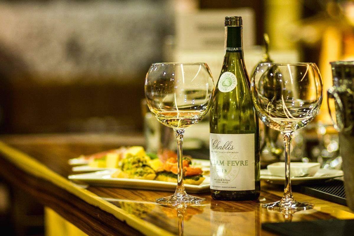 """Французское вино """"шабли"""": фото, описание, отзывы :: syl.ru"""