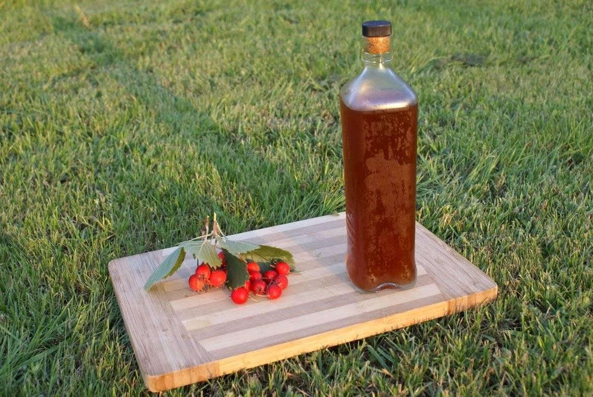 Настойка боярышника не может использоваться как алкогольный напиток.