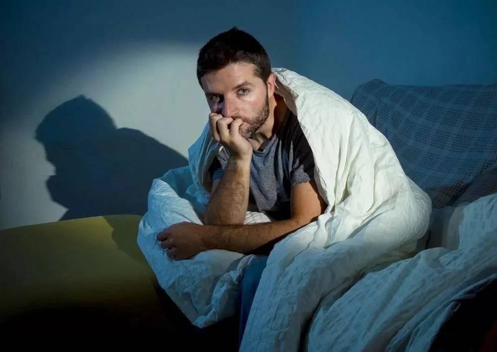 Как уложить пьяного мужа спать и почему пьяный не спит